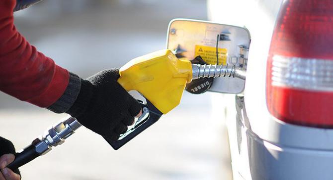 Benzin ve motorine önemli zam