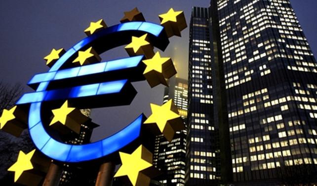 Euro Bölgesi'nde ekonomiye güven 17 yılın en yükseğinde