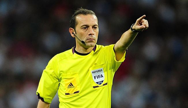 Cüneyt Çakır ve Halis Özkahya'ya UEFA'dan görev