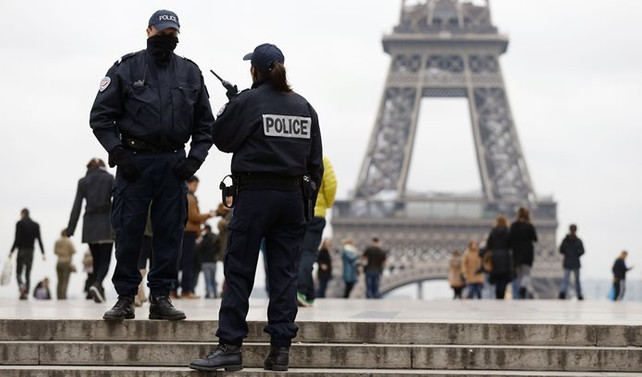 Fransa'da yeni terörle mücadele yasası onaylandı