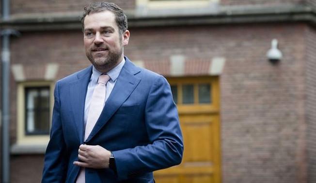 Hollanda'da yeni Savunma Bakanı belli oldu