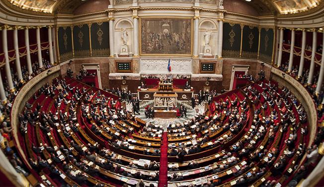 Fransa'da 'yeni terörle mücadele yasası'