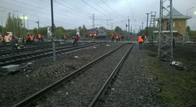 Rusya'da tren ve otobüs çarpıştı: 16 ölü
