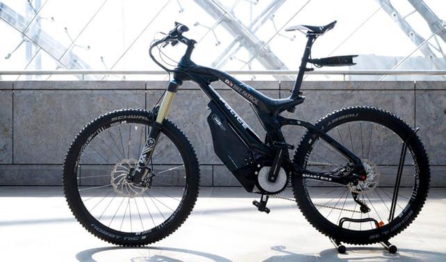 Dünyanın ilk akıllı devriye bisikleti GITEX Fuarı'nda
