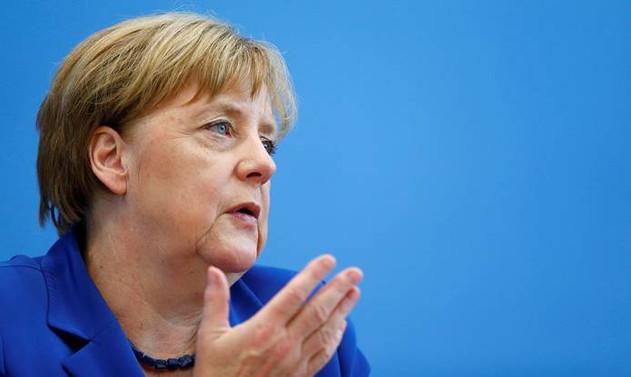 Merkel'in partisi son 6 yılın en düşük oy seviyesinde