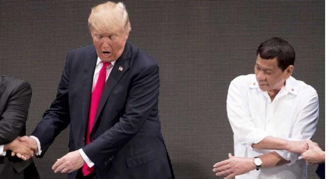 Trump, 'ABD karşıtı' Filipinler lideriyle görüştü