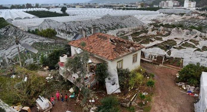 Hortum Antalyalıları korkuttu: 38 yaralı