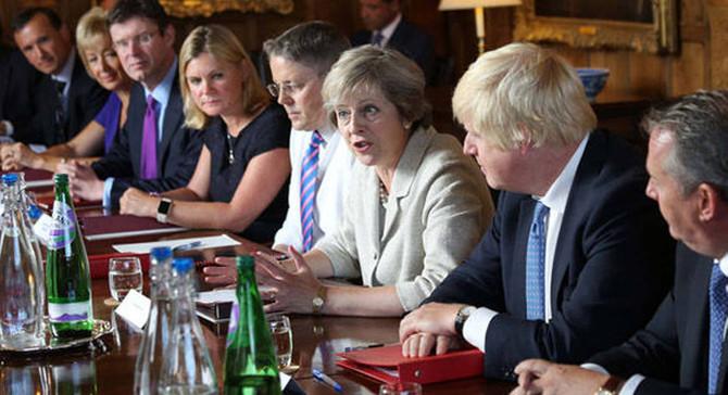 İngiltere kabinesi, Brexit faturasını görüştü