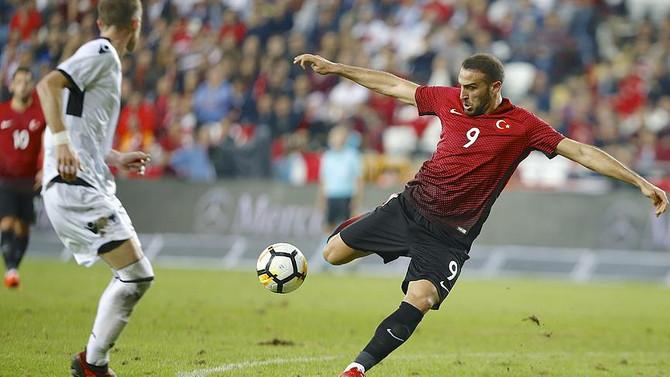 Türkiye FIFA'da 9 basamak geriledi