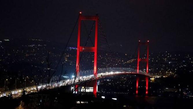 15 Temmuz Şehitler Köprüsü'nde şüpheli paket