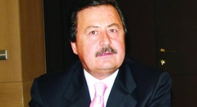 Türk-Rus ilişkilerine katkılarından dolayı Cavit Çağlar'a plaket verildi