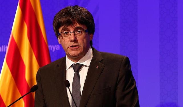 Katalan lider Puigdemont için 'kırmızı bülten' çıkarıldı