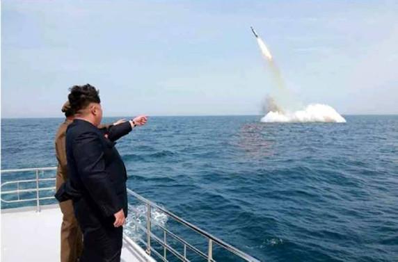 Füze denemesi, Pyongyang ve Washington'u savaşa yaklaştırdı