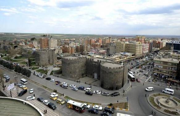 Diyarbakır'da ilan edilen sokağa çıkma yasağı kaldırıldı