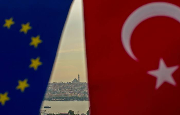 Türkler AB'den vazgeçmedi