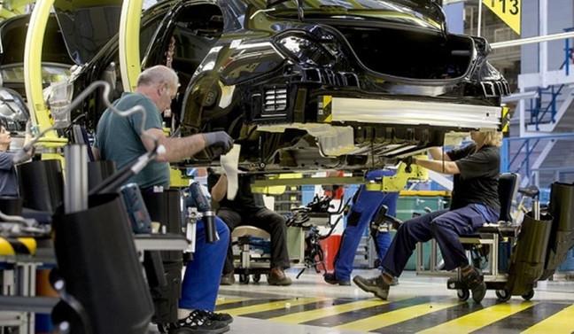 Avrupa'da sanayi üretimi ekimde arttı
