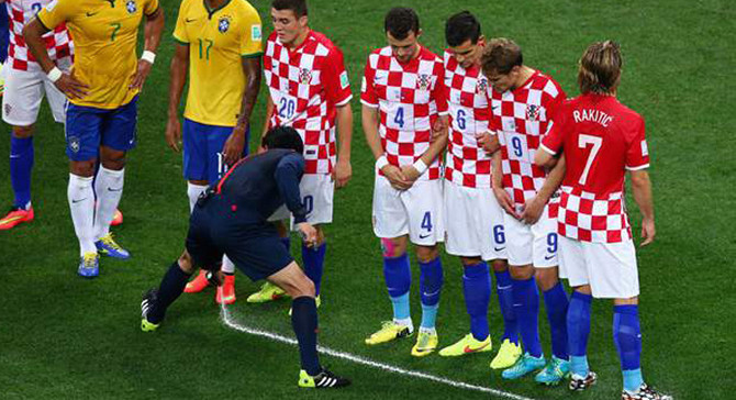 FIFA'ya 100 milyon dolarlık sprey davası