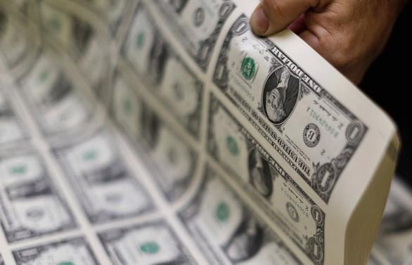 Dolar sakin, gözler ABD verisinde