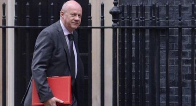 İngiltere Başbakan Yardımcısı istifa etti
