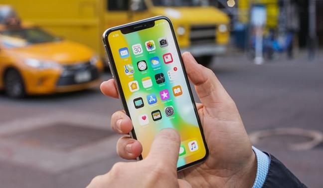 iPhone X için satış beklentileri aşağı yönlü revize edildi