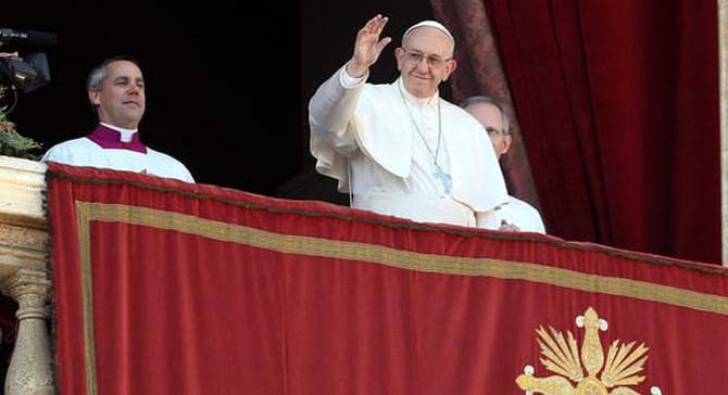 Papa, Noel mesajında Kudüs için barış diledi