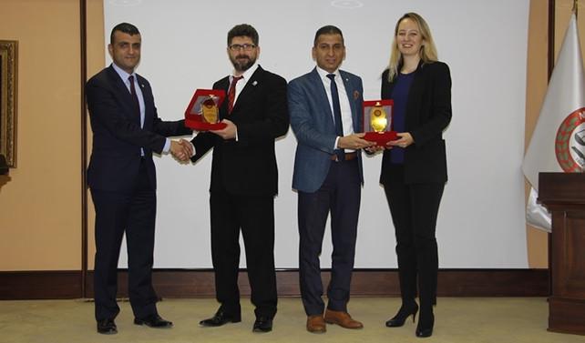 ISTAC, Mersinli avukatlara tahkim konferansı verdi