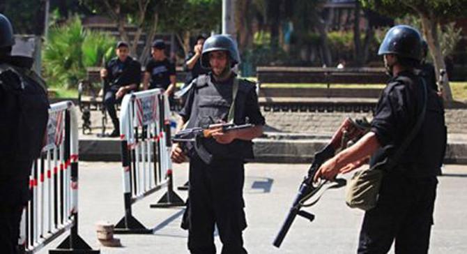 Mısır'da kiliseye saldırı: 8 ölü