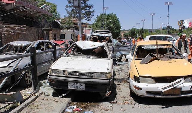 Afganistan'da bombalı saldırı: 11 yaralı