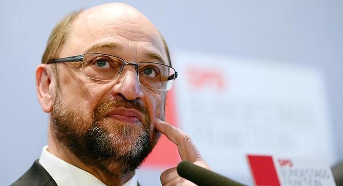 SPD'den koalisyon görüşmelerine katılma kararı