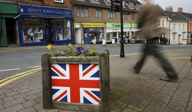 İngiltere'de mağaza satışları arttı
