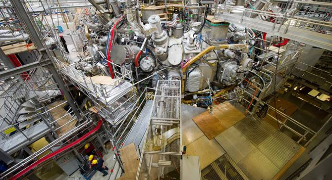 Almanya'da fabrika siparişleri hafif arttı