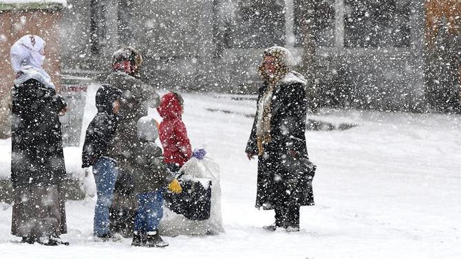 Marmara'da sıcaklık artıyor, Doğu kışa teslim