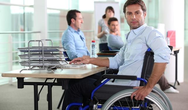 Kamuda 43 bin engelli memur çalışıyor