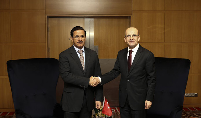 Şimşek, BAE Ekonomi Bakanı Mansuri ile görüştü