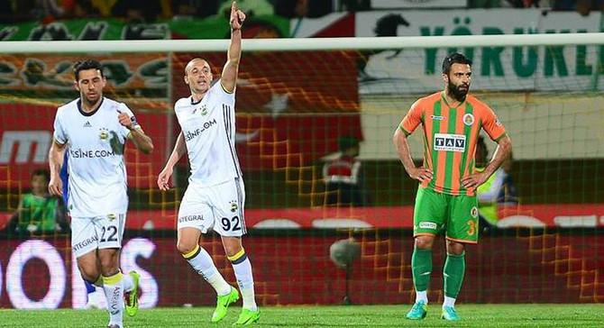 Fenerbahçe mutlu bitirdi