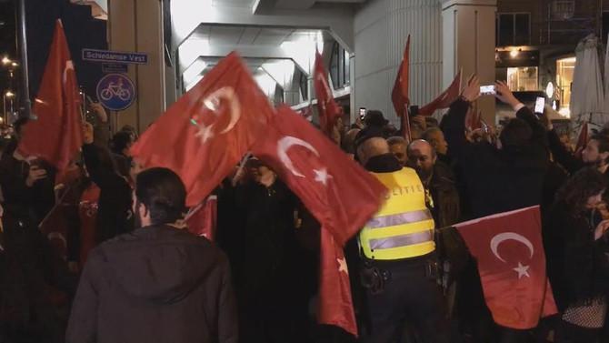 İstanbul, Ankara ve Rotterdam'da protesto
