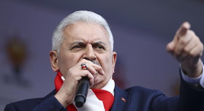 Başbakan Yıldırım: Teröristler kol kola girmişler 'hayır' kampanyası yapıyor