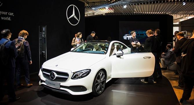Mercedes-Benz, dijital yeniliklerini GSMA'da tanıttı