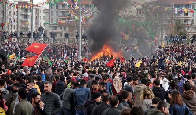 Diyarbakır'da Nevruz kutlandı