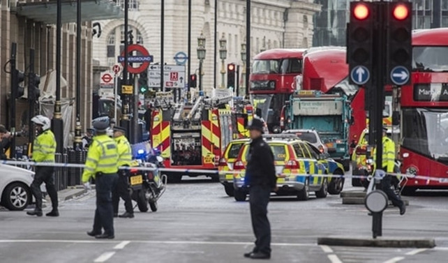 Londra'daki saldırıda ölen kişi sayısı 5'e yükseldi