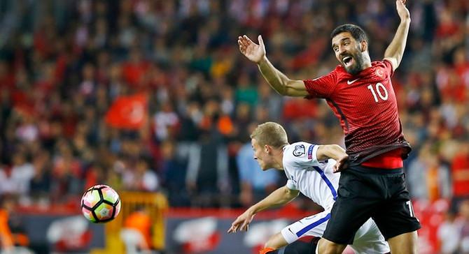 Arda Turan, Moldova maçında yok