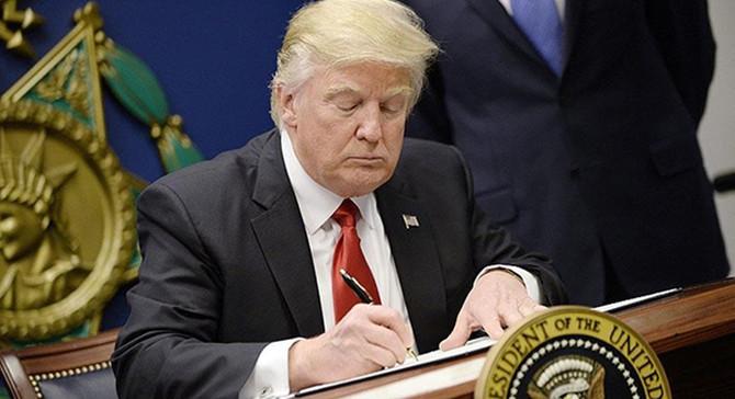 Trump, çevresel regülasyonlarının iptali için kararname çıkardı