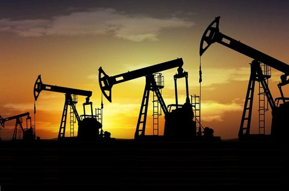 Rusya petrol üretimini düşürmeye devam ediyor