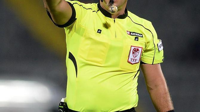 Antalyaspor-Galatasaray maçında hakem değişikliği