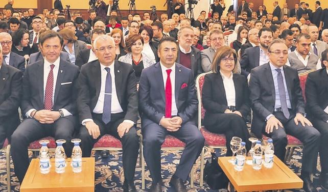 Denizli ihracatta KGF ve Eximbank ile büyüyecek