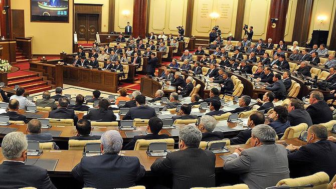 Kazakistan, anayasa reformuna 'evet' dedi