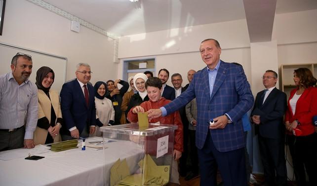 Erdoğan: Milletime şükranlarımı sunuyorum