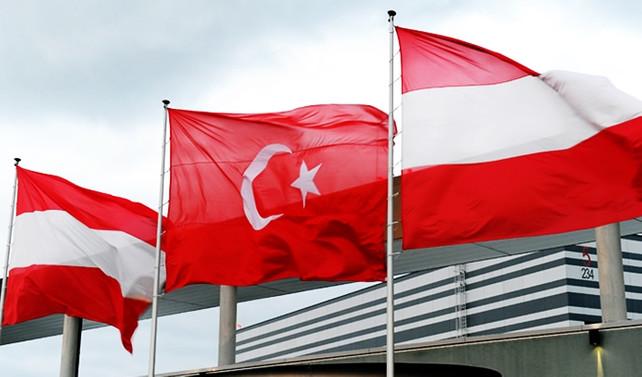 Avusturya'dan 'çifte vatandaşlık' kararı