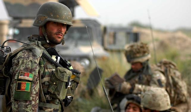 Afganistan Savunma Bakanı ile Genelkurmay Başkanı istifa etti