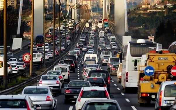 'Trafik sigortasında tavan fiyat uygulama süresi uzatılmalı'